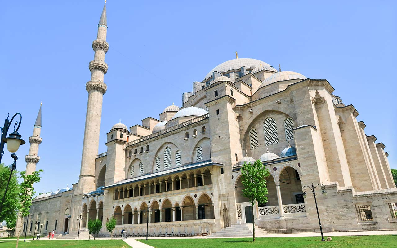 как испытывал мечеть султана сулеймана в стамбуле фото марсаловый или