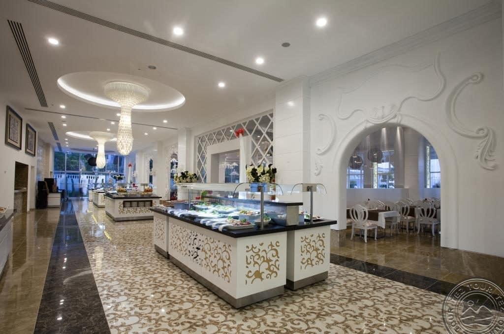 Отель Q Premium Resort