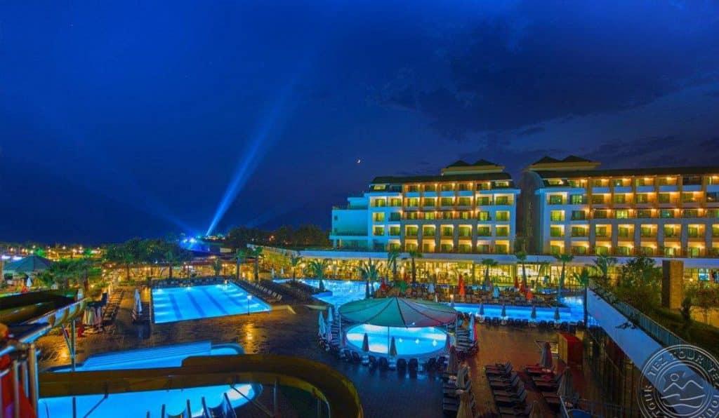 Отель Port Nature Luxury Resort Hotel Spa