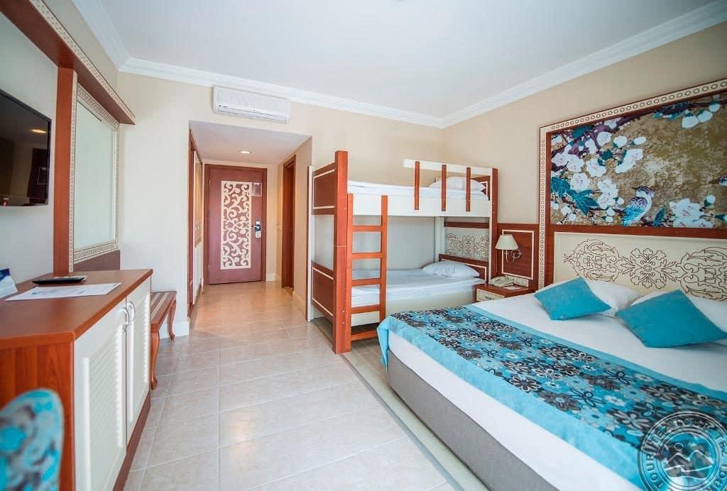 Отель Crystal Paraiso Verde Resort & Spa